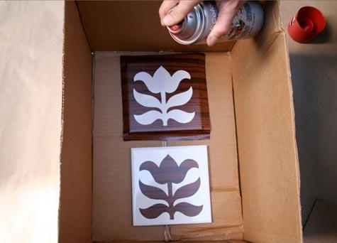 Decoração de azulejos com stencil