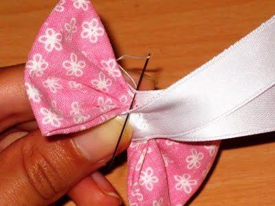 costura da fita no laço apertado