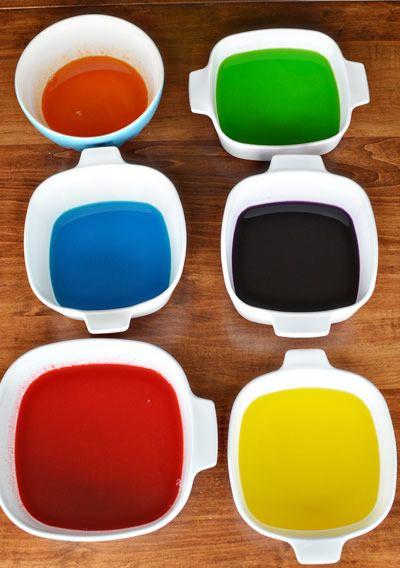 Bandejas de gelatina colorida