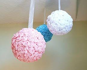 bolas de flores de papel finalizadas