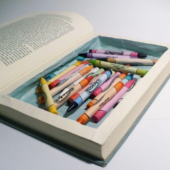 Livro caixa com hidrocores