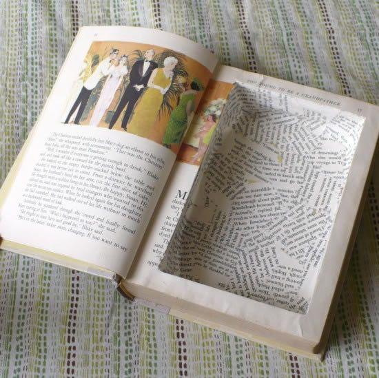 Livro caixa revestido com papel