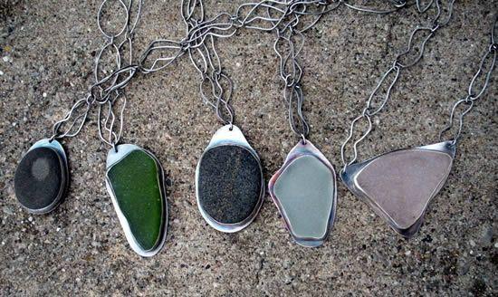 Artesanato com pedra de vidro