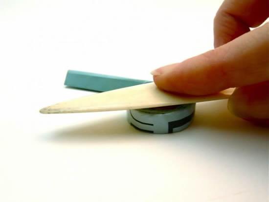Ajeitando o rolinho de papel