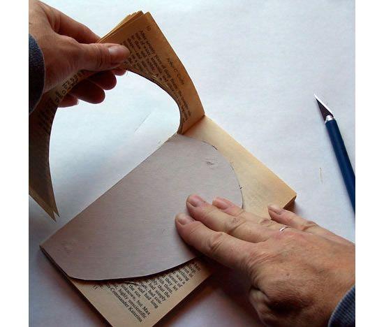 Arrancando as folhas do livro