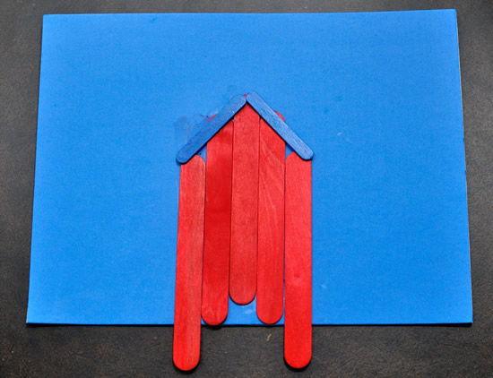 Criando casinha com palitos de picolé reciclado