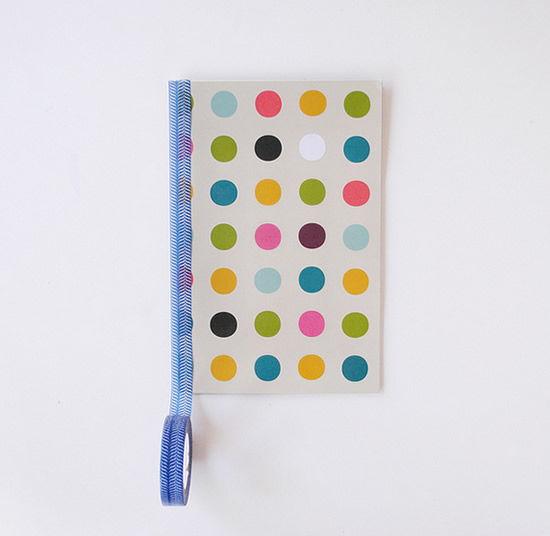 Decorando caderno artesanal em casa