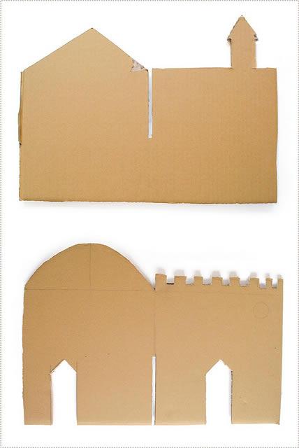 Papelão cortado com molde para fazer o castelo de criança