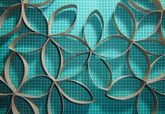 Rolinhos de papelão reciclados para decoração