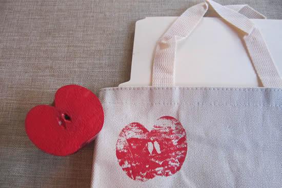 Maçãs para fazer impressões e decorar tecidos
