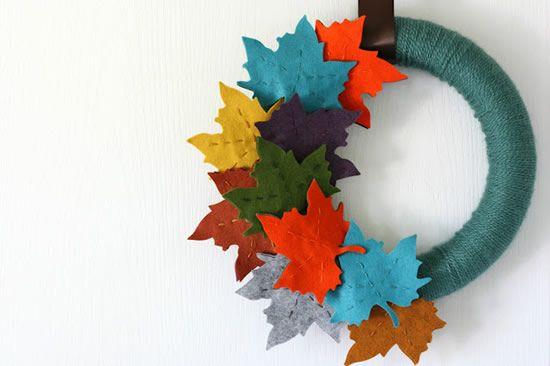 Guirlanda de feltro para decoração