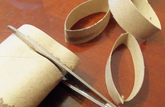 Reciclando rolinhos de papelão