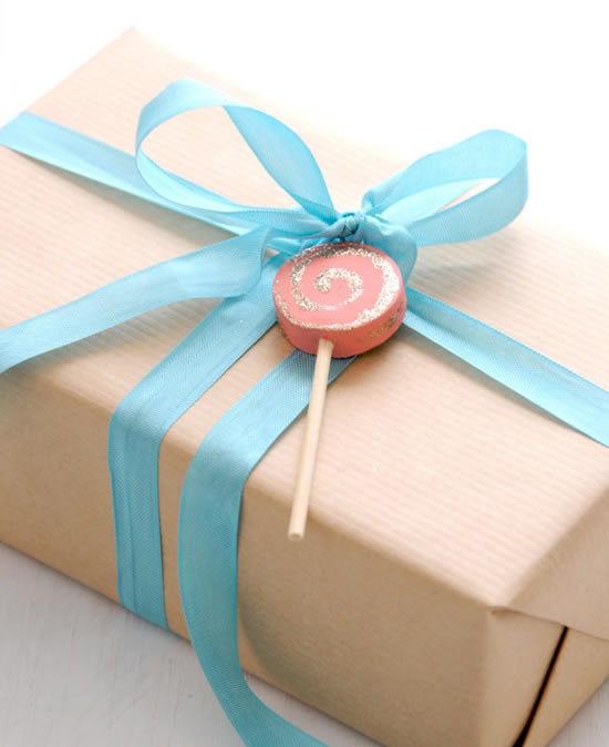 Pirulito de biscuit para decorar a embalagem de presente
