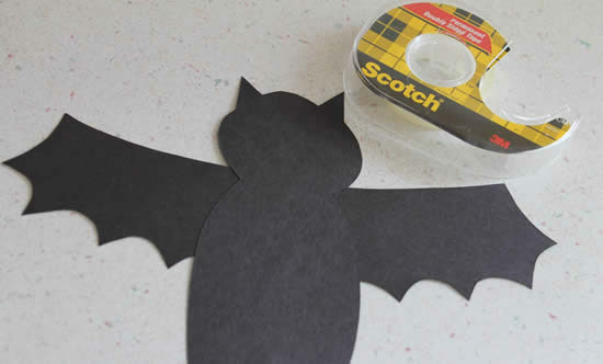 Colando as asinhas do morcego