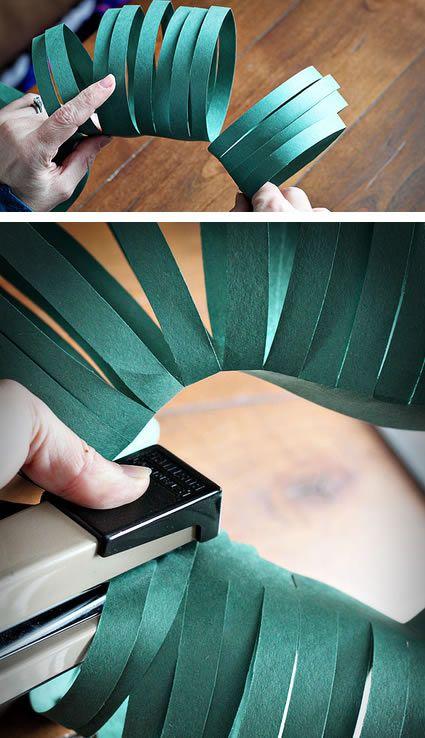 Grampeando guirlanda de papel passo a passo