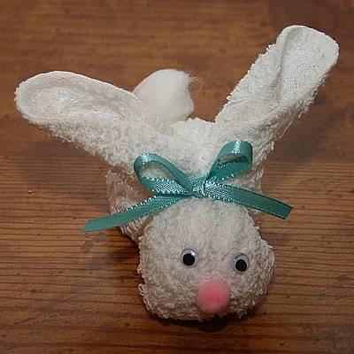Como fazer coelho de tecido