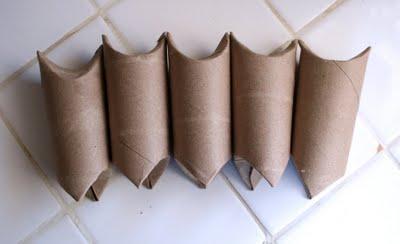 Reciclagem de rolinho de papel higiênico