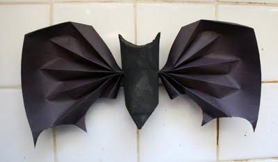 Morcego de papel para festinha de crianças