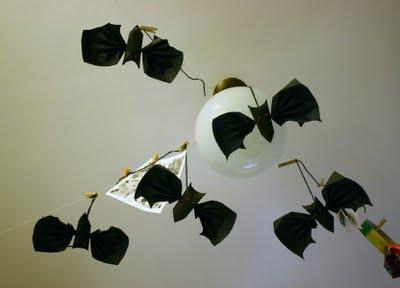 Tutorial para fazer morcegos de papel passo a passo
