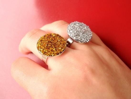 Passo a passo para decorar anéis em casa