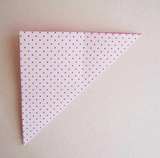 Passo a passo de caixinha de origami