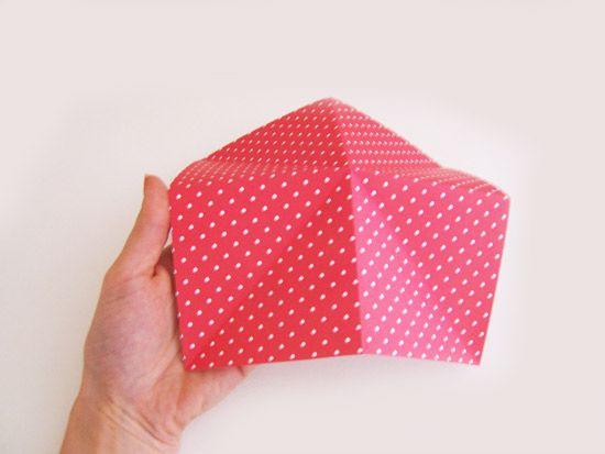 Criando uma caixa de papel com a técnica de origami