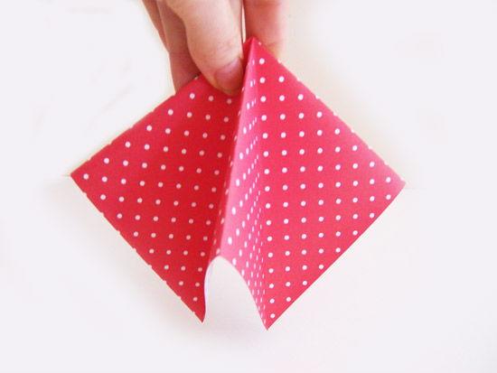 Criando uma lembrancinha com origami e papel