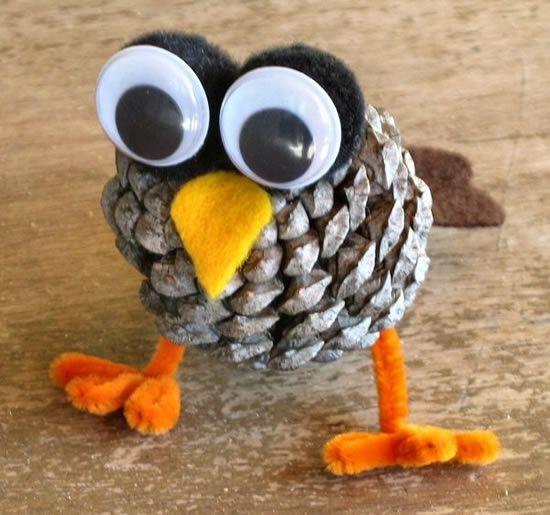 Como fazer artesanato com pinha de madeira