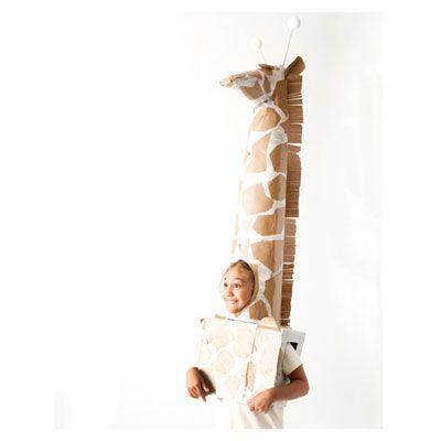 Como fazer uma fantasia de girafa infantil reciclando caixa e jornal