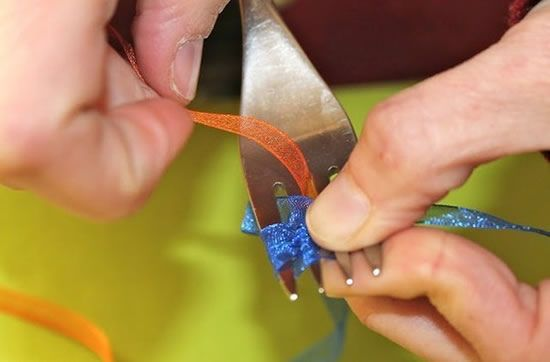 Como fazer laço para colocar em presente
