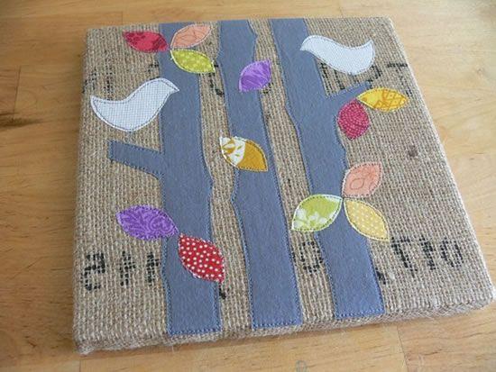 Quadro de juta, tecido de algodão cru, feltro e patchwork