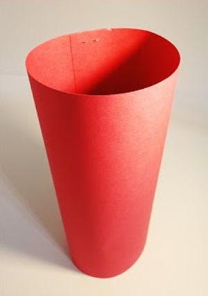 Polvo feito de papel para crianças