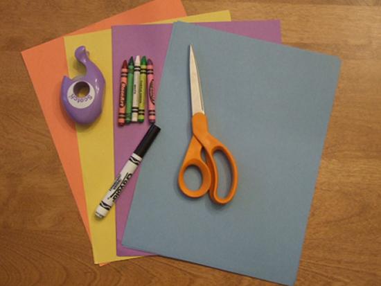Materiais para fazer o artesanato de Páscoa