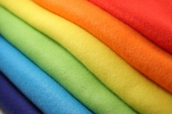 Feltros coloridos para artesanato