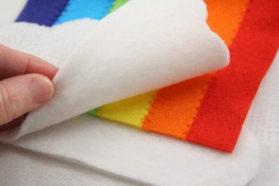 Artesanato com feltro colorido