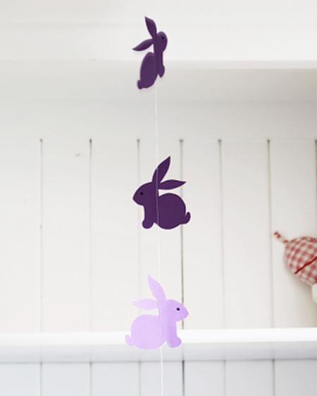 Como fazer coelhinhos de tecido para decoração de Páscoa