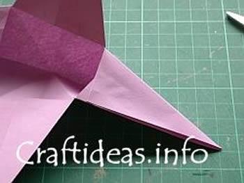 Como criar uma estrela com origami de maneira fácil
