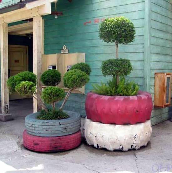 Vasos reciclados com pneus