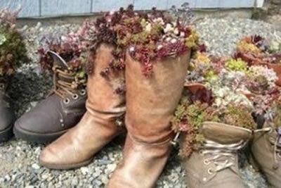 Botas recicladas para plantar