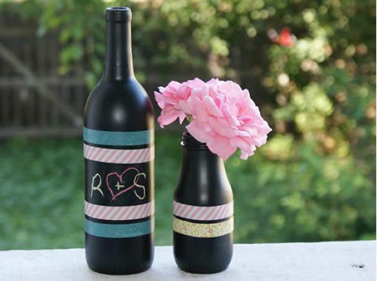 Como fazer um lindo jarrinho com garrafas