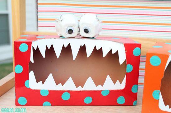 Caixa de papel para fazer monstrinho