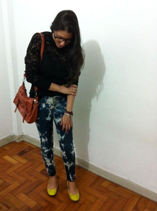 Como fazer uma linda estampa em calça jeans