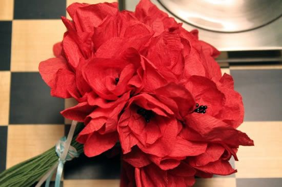 Como fazer buquê de flores de papel