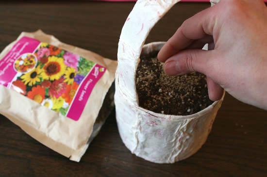 Como fazer jarrinho reciclado passo a passo