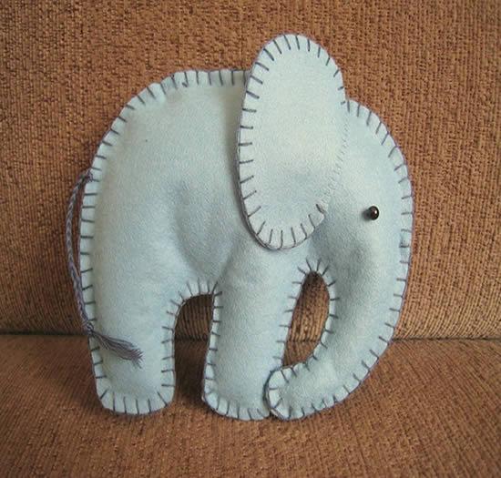 Como fazer um elefante de feltro passo a passo