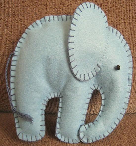 Elefante de feltro lindo de artesanato