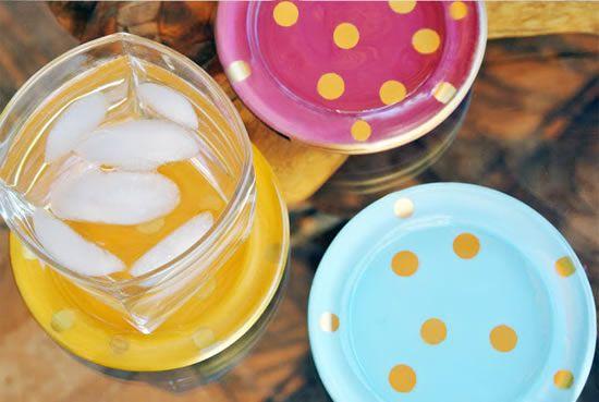 Pratos de vidro ou porcelana decorados passo a passo