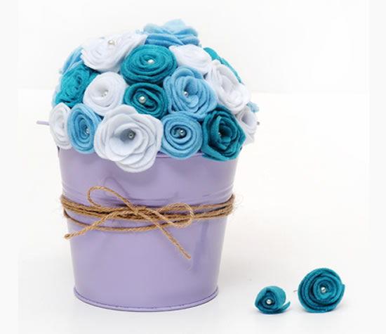 Como fazer arranjo de flores de feltro
