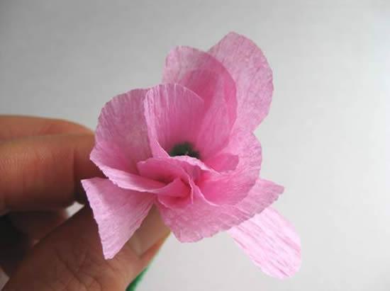 Flor de papel crepom facil de fazer