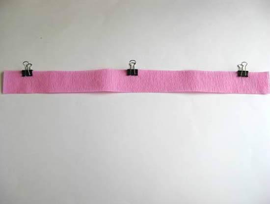 Artesanato com papel crepom passo a passo